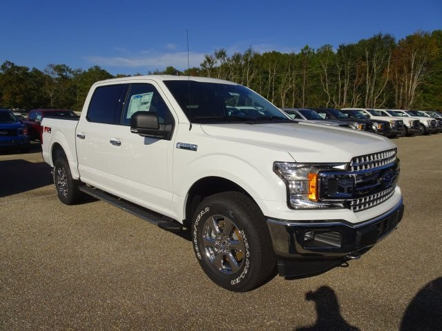 2019 Oxford White Ford F-150 XLT 4 Door Truck 4X4 Automatic EcoBoost 3.5L V6 GTDi DOHC 24V Twin Turbocharged Engine