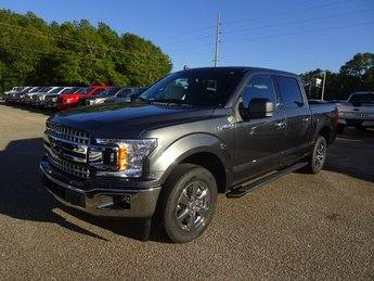 2019 White Platinum Metallic Tri-Coat Ford F-150 Lariat Truck Automatic 4 Door 4X4