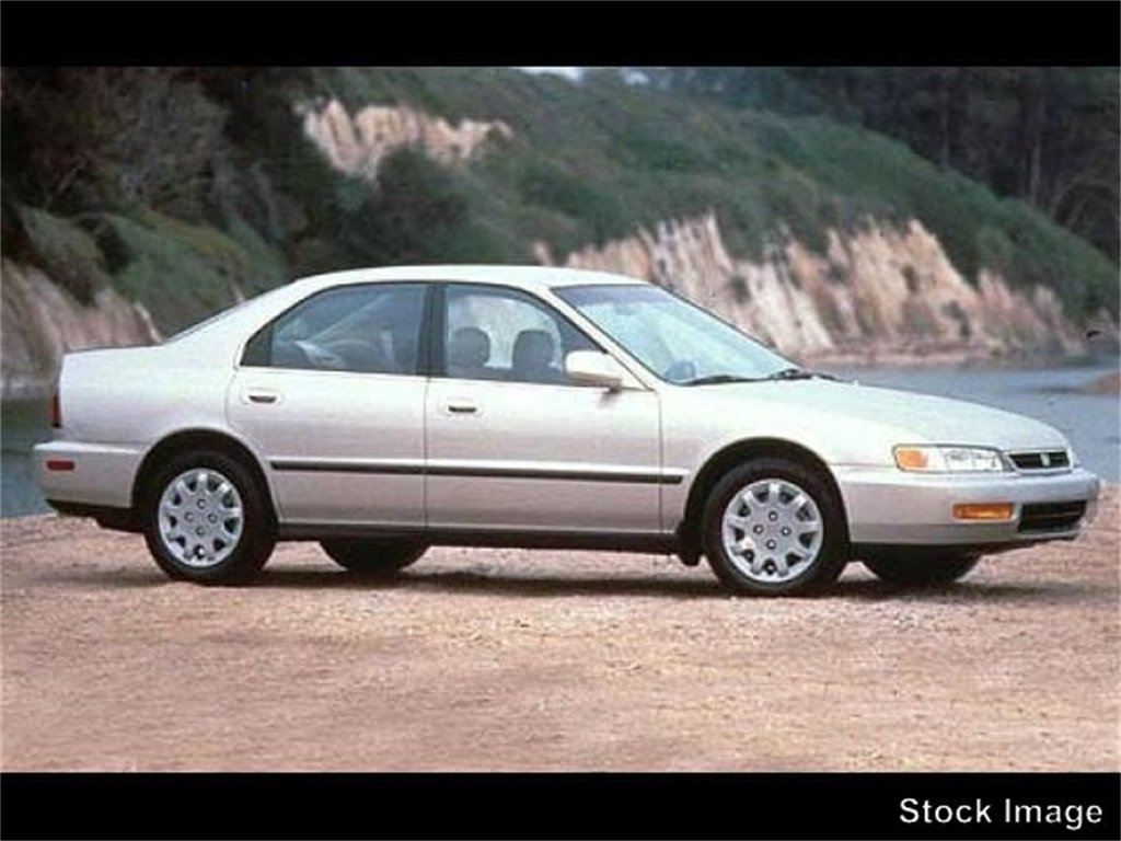 1995 Honda Accord LX Manual Sedan 4 Door FWD 2.2L I4 16V Engine