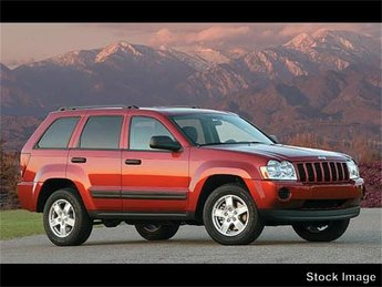 2007 Light Graystone Pearlcoat Jeep Grand Cherokee Laredo SUV 4.7L V8 FFV Engine Automatic 4X4 4 Door