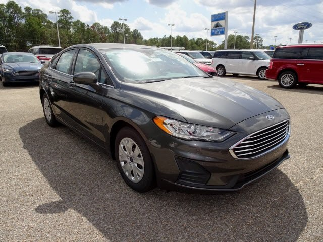 2019 Magnetic Ford Fusion S FWD Automatic Sedan