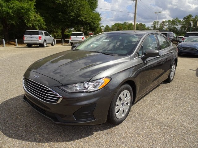 2019 Magnetic Ford Fusion S FWD 4 Door Automatic Sedan 2.5L i-VCT Engine