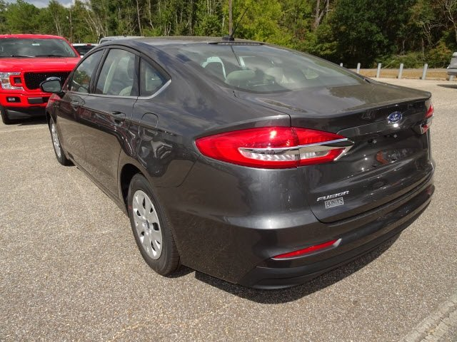 2019 Magnetic Ford Fusion S FWD 2.5L i-VCT Engine Automatic Sedan