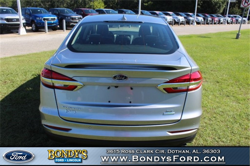 2020 Silver Metallic Ford Fusion SE Sedan 4 Door EcoBoost 1.5L I4 GTDi DOHC Turbocharged VCT Engine FWD Automatic