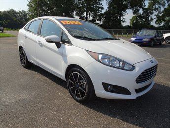 2016 Ford Fiesta SE 1.6L I4 Ti-VCT Engine FWD Automatic