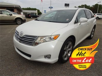 2009 Blizzard Pearl Toyota Venza Base 4 Door AWD Crossover