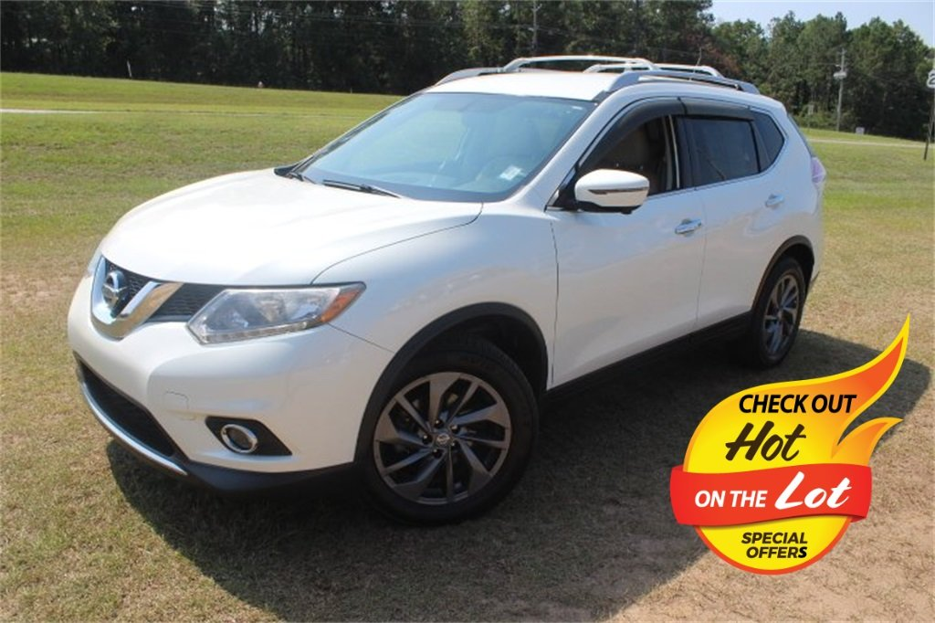 2016 Pearl White Nissan Rogue SL Automatic (CVT) SUV 4 Door FWD 2.5L I4 DOHC 16V Engine
