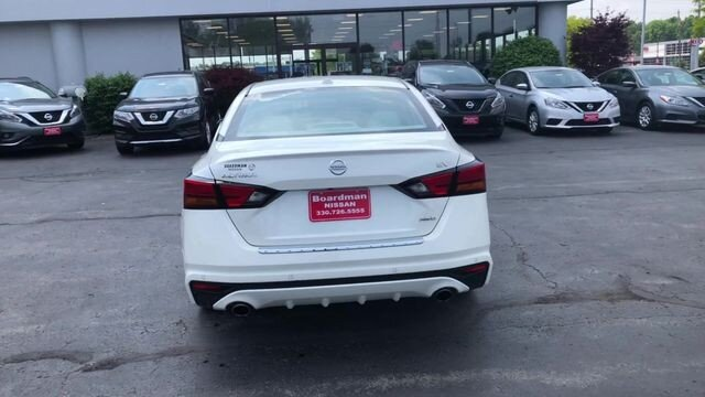 2019 Pearl White Tricoat Nissan Altima 2.5 SV AWD 2.5L 4-Cyl Engine 4 Door
