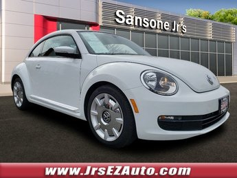 2016 Volkswagen Beetle Coupe 1.8T SEL Intercooled Turbo Regular Unleaded I-4 1.8 L/110 Engine FWD Automatic Hatchback 2 Door