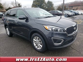 2016 Platinum Graphite Kia Sorento LX SUV Automatic FWD Regular Unleaded I-4 2.4 L/144 Engine