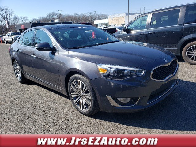 2016 Platinum Graphite Kia Cadenza Premium Automatic Regular Unleaded V-6 3.3 L/204 Engine Sedan