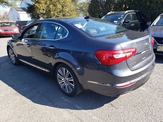 2016 Platinum Graphite Kia Cadenza Premium 4 Door FWD Automatic Regular Unleaded V-6 3.3 L/204 Engine Sedan
