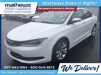 2016 Bright White Clearcoat Chrysler 200 S 2.4L 4-Cylinder SMPI SOHC Engine Car FWD 4 Door Automatic