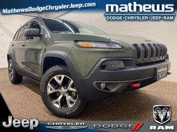 2018 Olive Green Pearlcoat Jeep Cherokee Trailhawk Automatic 4X4 3.2L V6 Engine