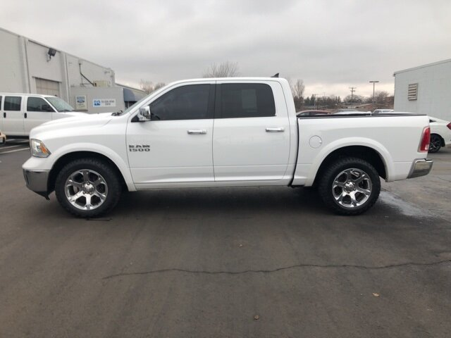 2016 Bright White Clearcoat Ram 1500 Laramie Truck 4 Door Automatic 3.6L V6 24V VVT Engine