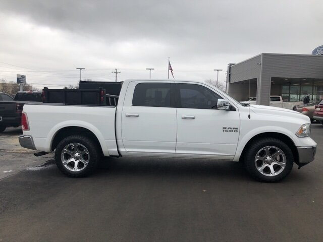 2016 Bright White Clearcoat Ram 1500 Laramie Truck 4 Door Automatic 4X4 3.6L V6 24V VVT Engine