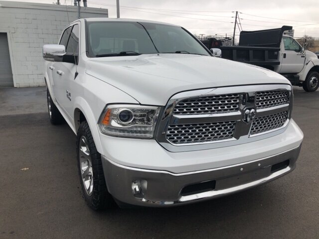 2016 Bright White Clearcoat Ram 1500 Laramie 3.6L V6 24V VVT Engine Truck 4 Door 4X4