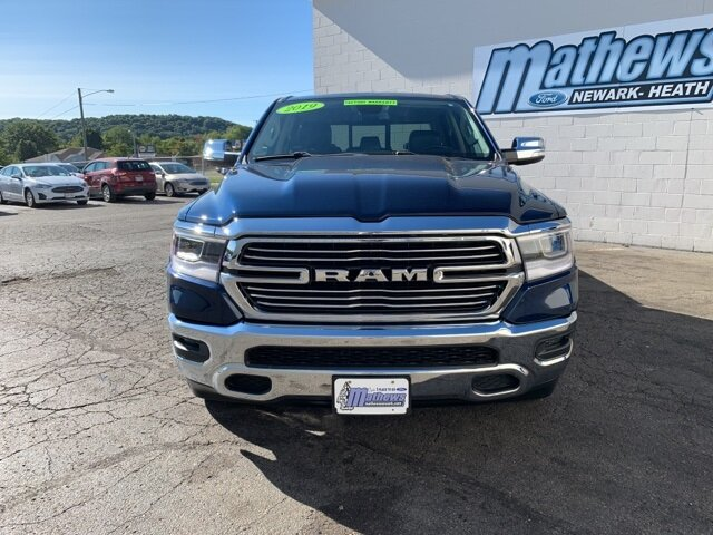 2019 Patriot Blue Pearlcoat Ram 1500 Laramie 5.7 L 8-Cylinder Engine Automatic 4 Door Truck 4X4