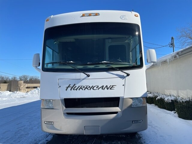 2009 Ford HURRICANE CLASS A MOTORHOME RWD Automatic Specialty Vehicle Motorized Home Triton 6.8L V10 EFI SOHC 30V Engine