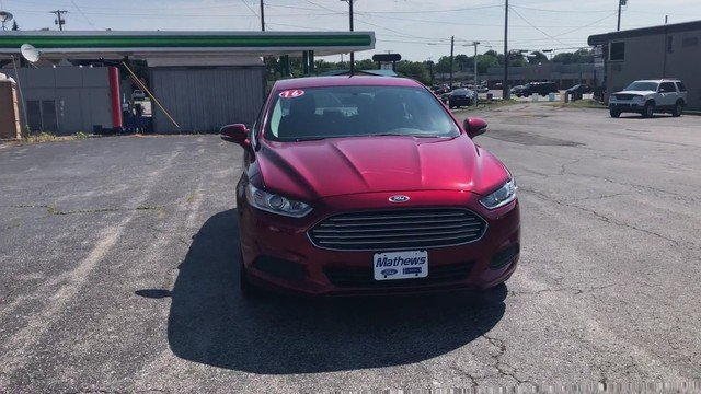 2016 Ford Fusion SE Sedan Automatic 4 Door