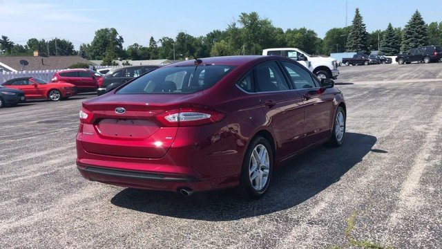 2016 Ford Fusion SE 4 Door Automatic 2.5L 4-Cyl Engine Sedan FWD