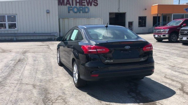 2016 Shadow Black Ford Focus SE 2.0L 4-Cyl Engine FWD 4 Door Sedan Automatic