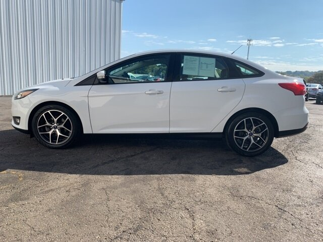 2017 White Ford Focus SEL 2.0 L 4-Cylinder Engine Sedan Automatic 4 Door