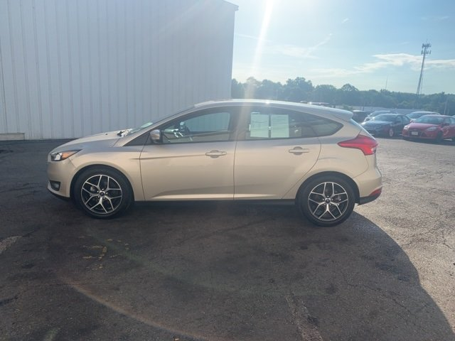 2018 White Ford Focus SEL 4 Door Automatic Hatchback