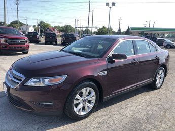 2011 Bordeaux Reserve Red Metallic Ford Taurus SEL 4 Door Sedan FWD Automatic 3.5L V6 Duratec Engine