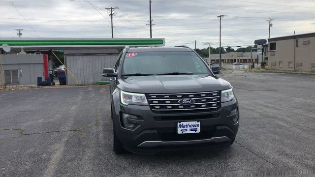 2016 Magnetic Metallic Ford Explorer XLT 4X4 SUV 4 Door 3.5L V6 Cylinder Engine Automatic