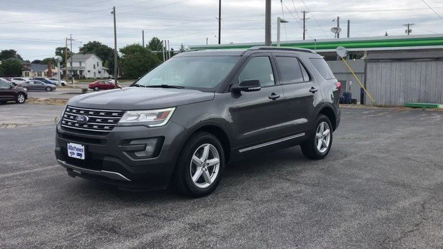 2016 Ford Explorer XLT 3.5L V6 Cylinder Engine Automatic 4X4 4 Door SUV