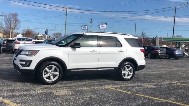 2016 Oxford White Ford Explorer XLT Automatic 2.3L 4-Cyl Engine SUV