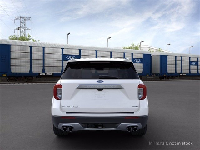 2020 Star White Metallic Tri-Coat Ford Explorer Platinum 3.0 L 6-Cylinder Engine SUV 4 Door