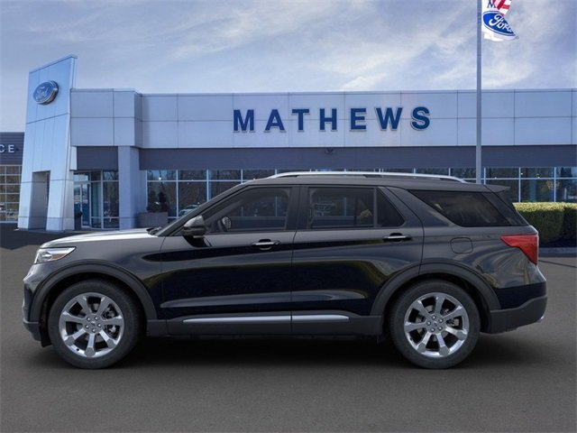 2020 Agate Black Metallic Ford Explorer Platinum 4 Door 4X4 SUV Automatic