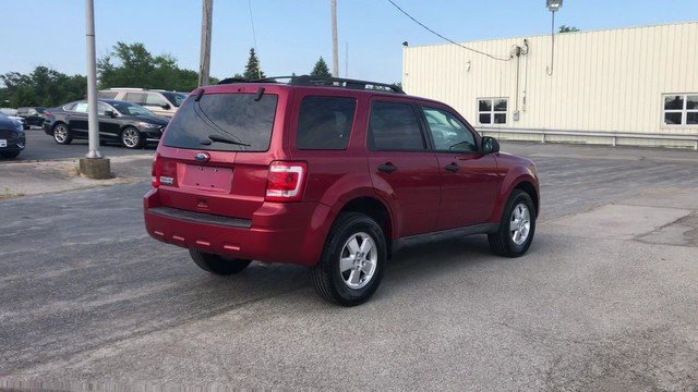 2012 Toreador Red Metallic Ford Escape XLT SUV 4 Door Automatic FWD