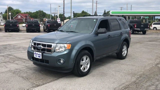 2012 Steel Blue Metallic Ford Escape XLT FWD 4 Door SUV 2.5L I4 Duratec Engine Automatic