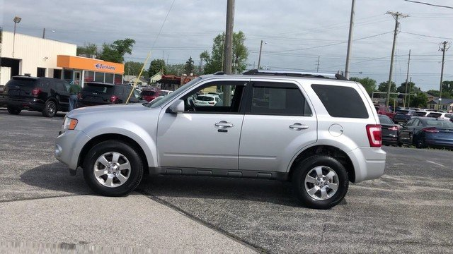 2011 Ingot Silver Metallic Ford Escape Limited 2.5L I4 Duratec Engine SUV Automatic FWD 4 Door