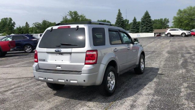 2011 Ingot Silver Metallic Ford Escape Limited FWD 4 Door 2.5L I4 Duratec Engine