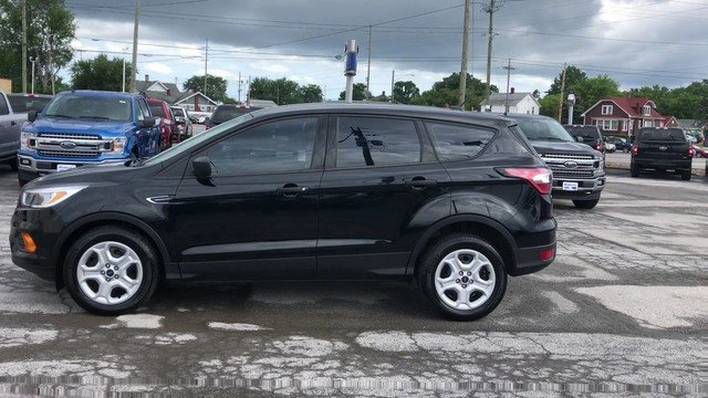 2017 Shadow Black Ford Escape S FWD 4 Door 2.5L I-VCT Engine