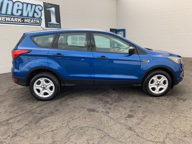 2019 Ford Escape S FWD 2.5 L 4-Cylinder Engine 4 Door SUV