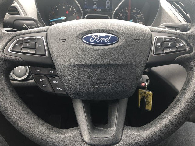 2017 Magnetic Metallic Ford Escape SE 4 Door SUV FWD