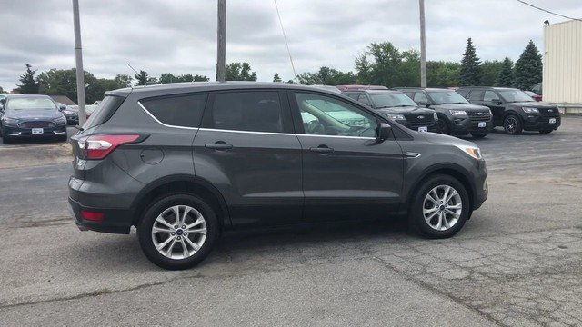2017 Magnetic Metallic Ford Escape SE Automatic 4 Door SUV FWD
