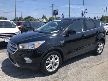 2017 Shadow Black Ford Escape SE SUV 4 Door FWD 1.5L 4-Cyl Engine Automatic