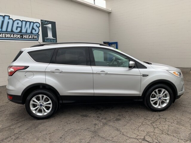 2017 Ford Escape SE FWD 1.5 L 4-Cylinder Engine SUV Automatic 4 Door