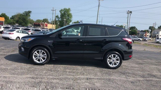 2017 Shadow Black Ford Escape SE SUV 4 Door 1.5L 4-Cyl Engine