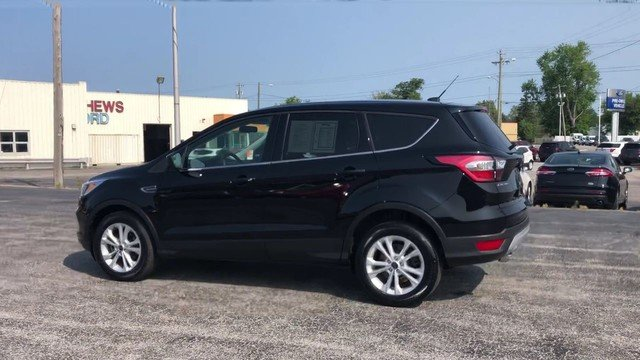 2017 Shadow Black Ford Escape SE FWD 1.5L 4-Cyl Engine 4 Door Automatic