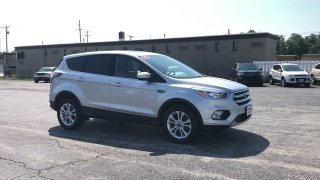 2017 Ford Escape SE FWD 4 Door Automatic SUV 1.5L 4-Cyl Engine