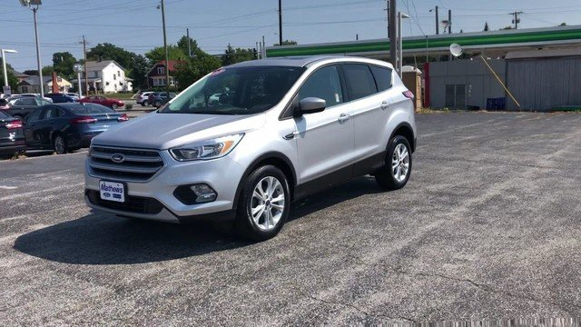 2017 Ingot Silver Metallic Ford Escape SE Automatic 4 Door 1.5L 4-Cyl Engine FWD