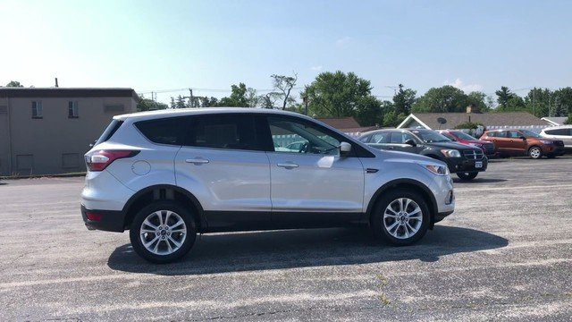 2017 Ingot Silver Metallic Ford Escape SE Automatic FWD 1.5L 4-Cyl Engine SUV 4 Door