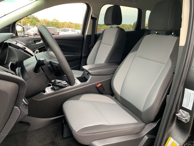 2017 Ford Escape SE Automatic FWD SUV 1.5 L 4-Cylinder Engine